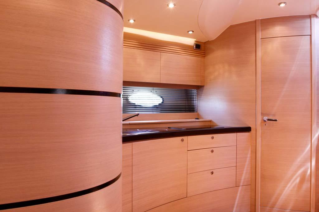 Mig 43 3c arredi for Arredamento yacht