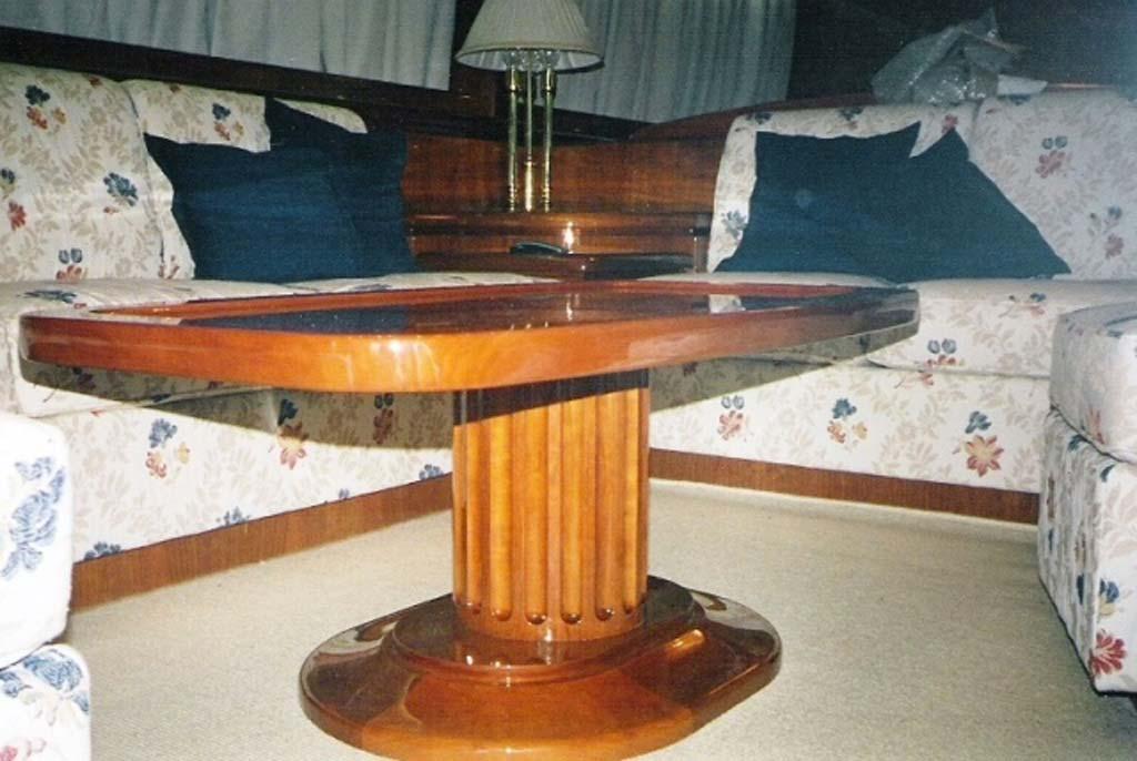 Diano 24 3c arredi for Arredamento yacht
