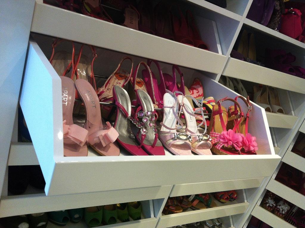 Cabina armadio per scarpe cabina armadio in melaminico color legno fatta su misura per - Cabina armadio per scarpe ...