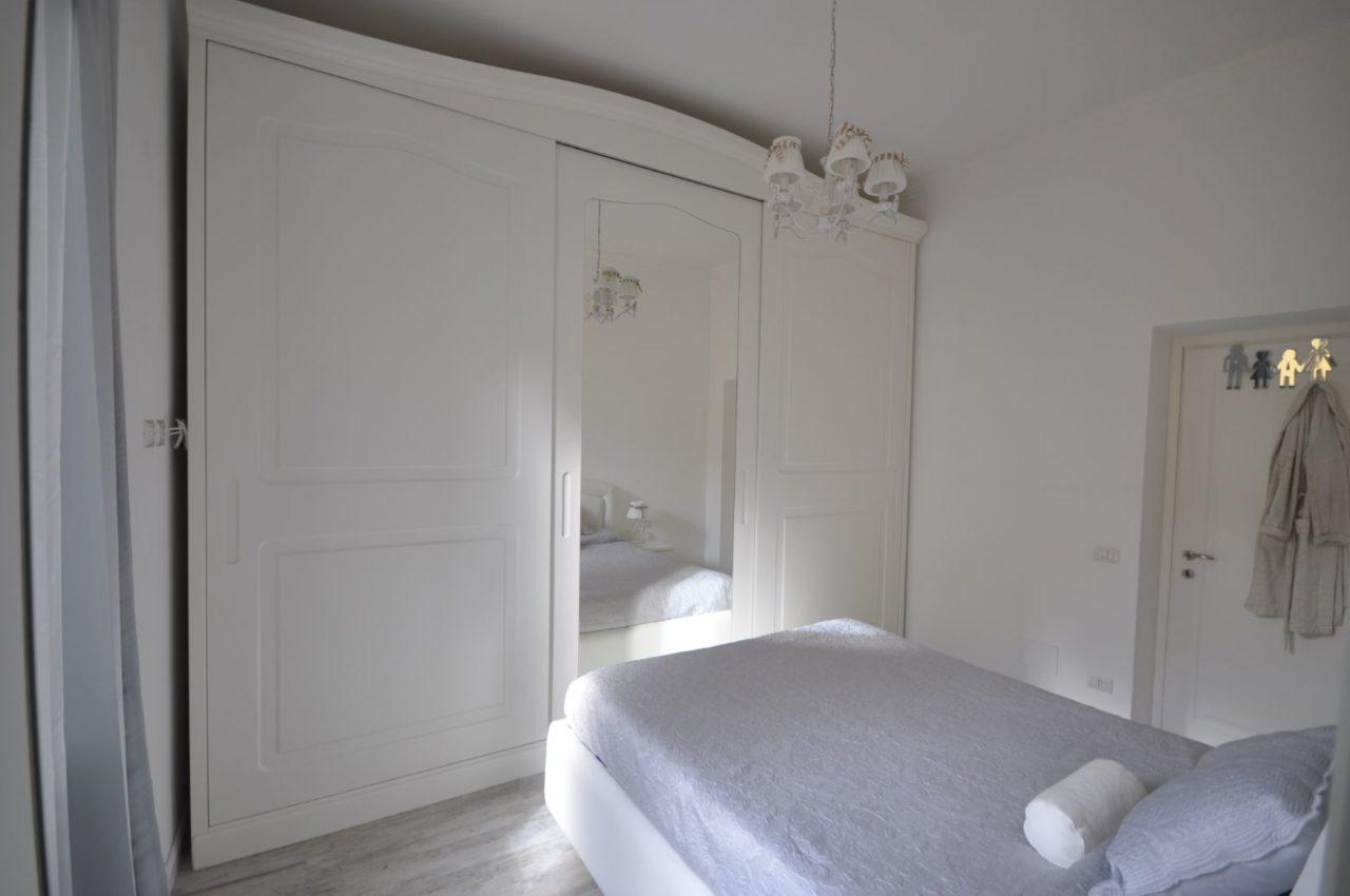 Camera da letto stile classico laccata - 3C ARREDI
